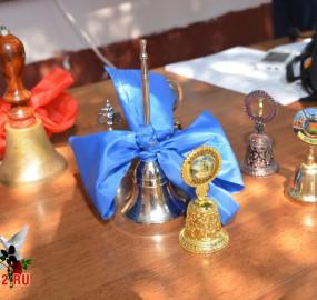 www.kadr32.ru Сергей Горбачук фото в школе последний звонок (1)