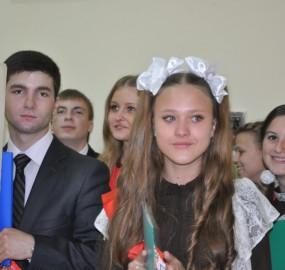 www.kadr32.ru Сергей Горбачук фото в школе последний звонок (34)