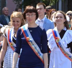 www.kadr32.ru Сергей Горбачук фото в школе последний звонок (4)