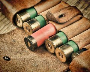 дорогие-подарки-ножи-пепельницы-зажигалки-пистолеты-автоматы-оружие-вещи-110