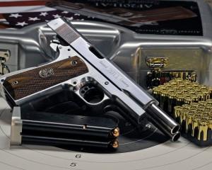 дорогие-подарки-ножи-пепельницы-зажигалки-пистолеты-автоматы-оружие-вещи-117