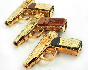 дорогие-подарки-ножи-пепельницы-зажигалки-пистолеты-автоматы-оружие-вещи-127