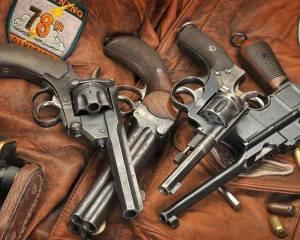 дорогие-подарки-ножи-пепельницы-зажигалки-пистолеты-автоматы-оружие-вещи-142