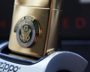 дорогие-подарки-ножи-пепельницы-зажигалки-пистолеты-автоматы-оружие-вещи-2