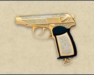 дорогие-подарки-ножи-пепельницы-зажигалки-пистолеты-автоматы-оружие-вещи-44